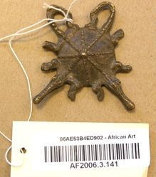 Pendant in the Form of Two Crossed Crocodiles