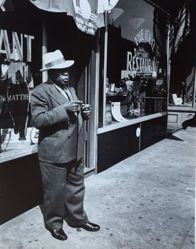 Untitled (Harlem street scene)