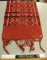 Scarf of weft ikat cloth