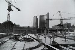 Toronto 1969 (City Hall), from the Garry Winogrand portfolio, 1978