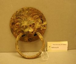 Lion's head handle