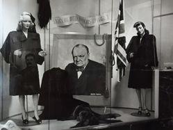 Winston Churchill, Store Window
