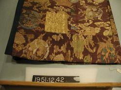 Priest's robe, plain cloth, brocaded