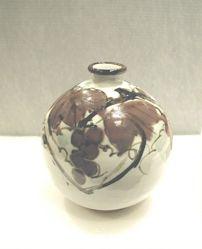 Vase with grape design