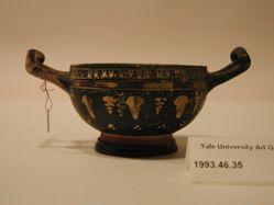 Gnathia ware cup-skyphos