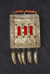 Amulet pendant with three windows