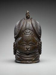 Sande Society Mask (Ndoli Jowi/Nòwo)