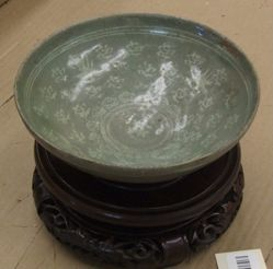 Bowl with Inlaid Decor of Cranes and Clouds