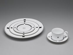 "Extensive set of  ""Tuxedo"" pattern dishes"