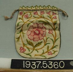 Bag of embroidered plain cloth