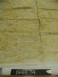 Square of cotton emroidered in silk