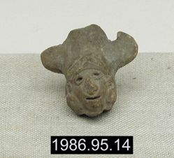 Head with Tri-partite Headdress