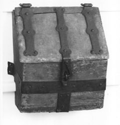 Conestoga wagon toolbox