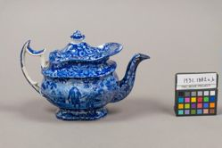 Teapot with a view of Washington Standing at Tomb, Scroll in Hand