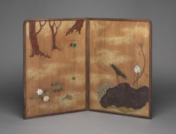 Wooden folding screen of moon and flowers