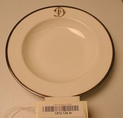 18 Soup Plates : Silver Mounted Dinner Service