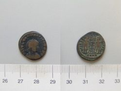 Nummus of Constantine I with Constantius II as honorand from Nicomedia
