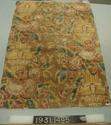 "Length of printed cotton, ""Pillar Print"""