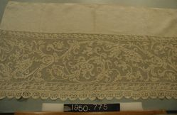 Length of Linen and Lace