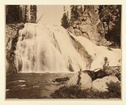 Gibbon Falls, 84 Feet