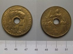 10 Centimes from Paris