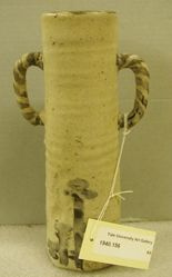 Cylindrical E-Shino vase with striped handles
