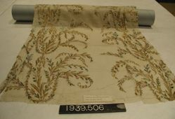 Length of plain cloth, embroidered