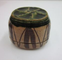 Oribe Incense Container (Kogo)