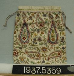 Bag of embroidered silk cloth