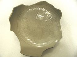 Fragment of a bowl of Yue ware, probably made at the kilms of Shang-lin-hu
