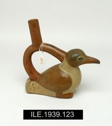 Stirrup Vessel in the Shape of a Gull