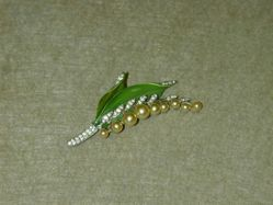 """""""Lilly of the Valley"""" brooch"""