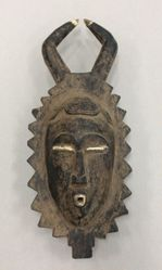 Portrait Mask of a Woman (Mblo)