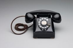 Telephone, Model No. 302