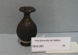 Gnathian ware flask