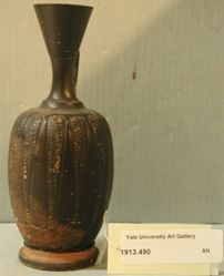 Black-glazed lekythos