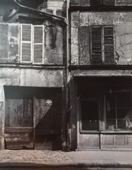Rue Jean Juares, St. Denis, 11:50 a.m.
