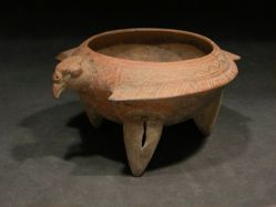 Condor effigy bowl