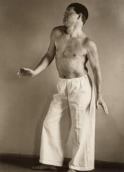 The Dadaist Raoul Hausmann, Posing