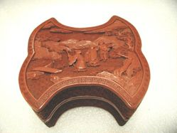 Small carved cinnabar lacquer box