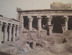 Galerie laterale de la Cour et Pronaos, Edfou (A pollonopolis Magna)