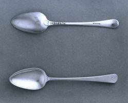 Pair of dessert spoons