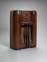 Cabinet Radio, Model No. 16X