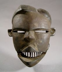 Face Mask with Hinged Jaw