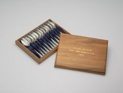 1939 New York World's Fair Spoons Presentation Box