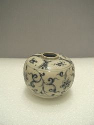 Jar with Plum Blossoms