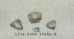 4 glass fragments