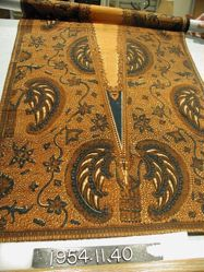 Slendang of fine cotton cloth, block printed
