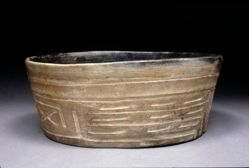 Bowl with Hand-Paw-Wing Motif